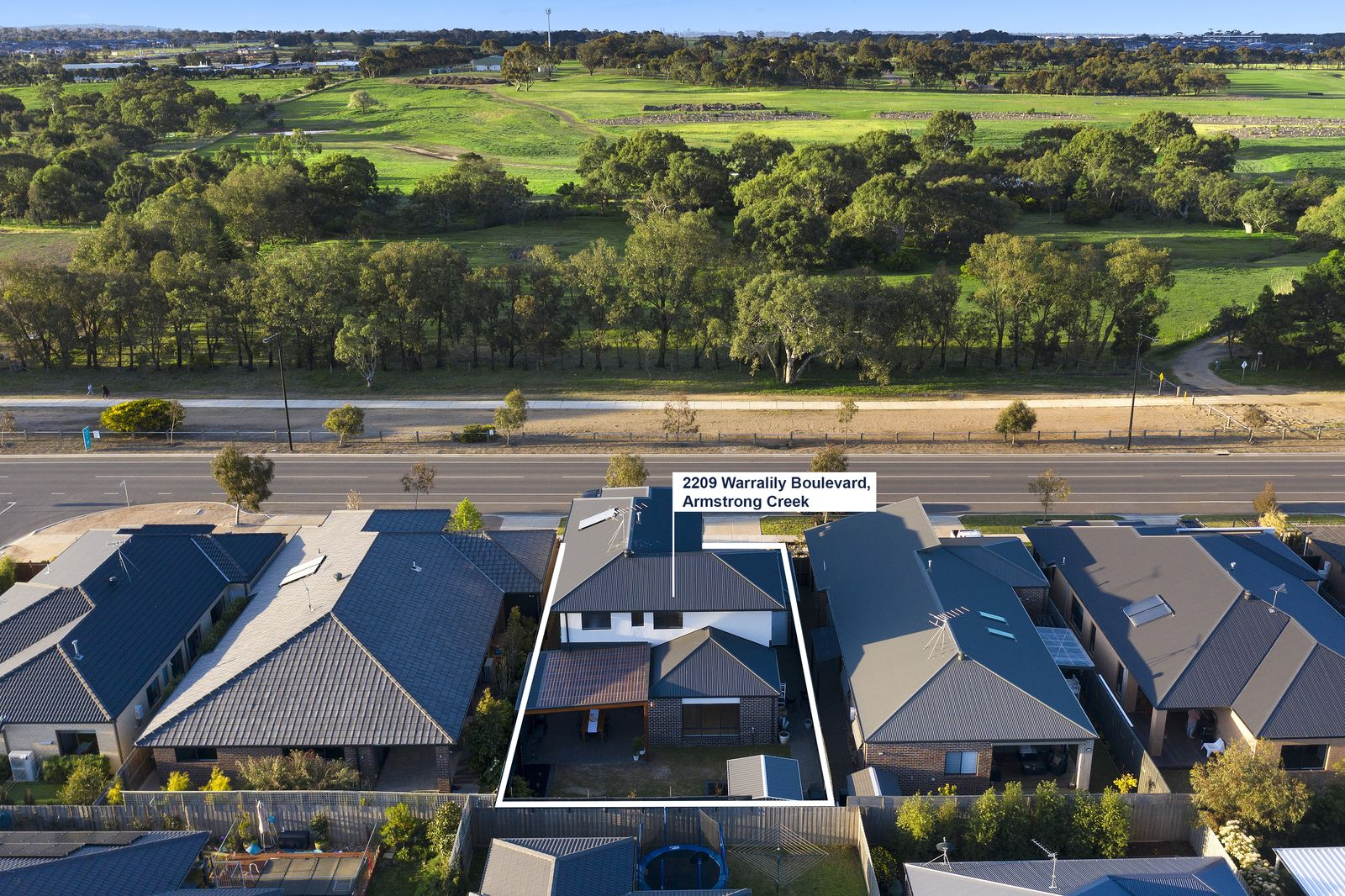 2209 Warralily Boulevard, Armstrong Creek VIC 3217, Image 0