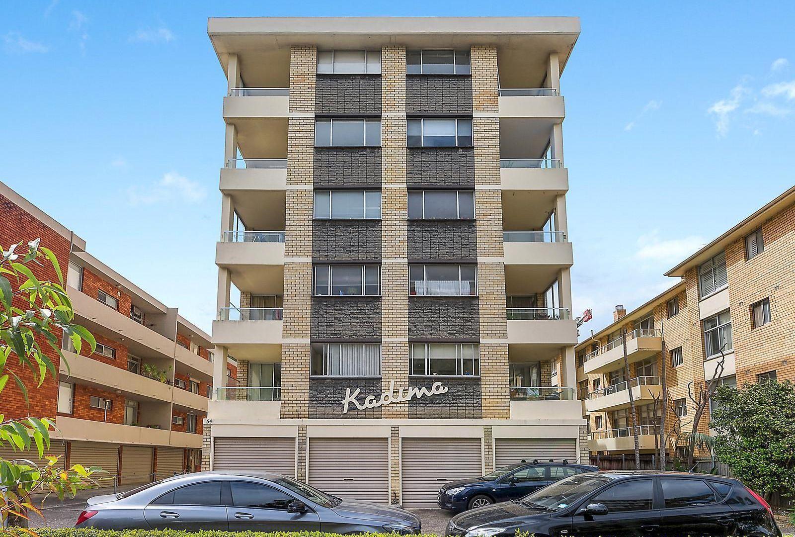 17/54 Penkivil Street, Bondi NSW 2026, Image 2