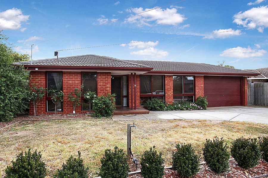 16 Roberts Avenue, Hoppers Crossing VIC 3029, Image 1