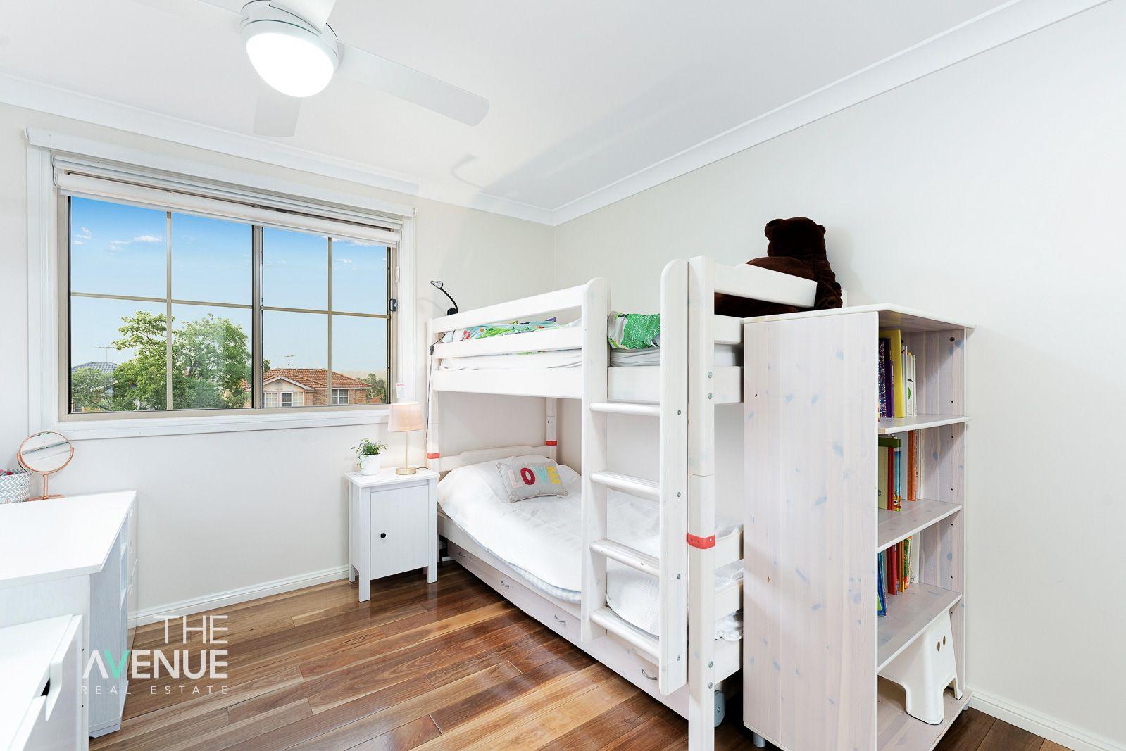 10 Broughton  Court, Kellyville NSW 2155, Image 2