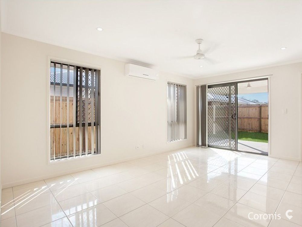 2/25 Fern Parade, Griffin QLD 4503, Image 2
