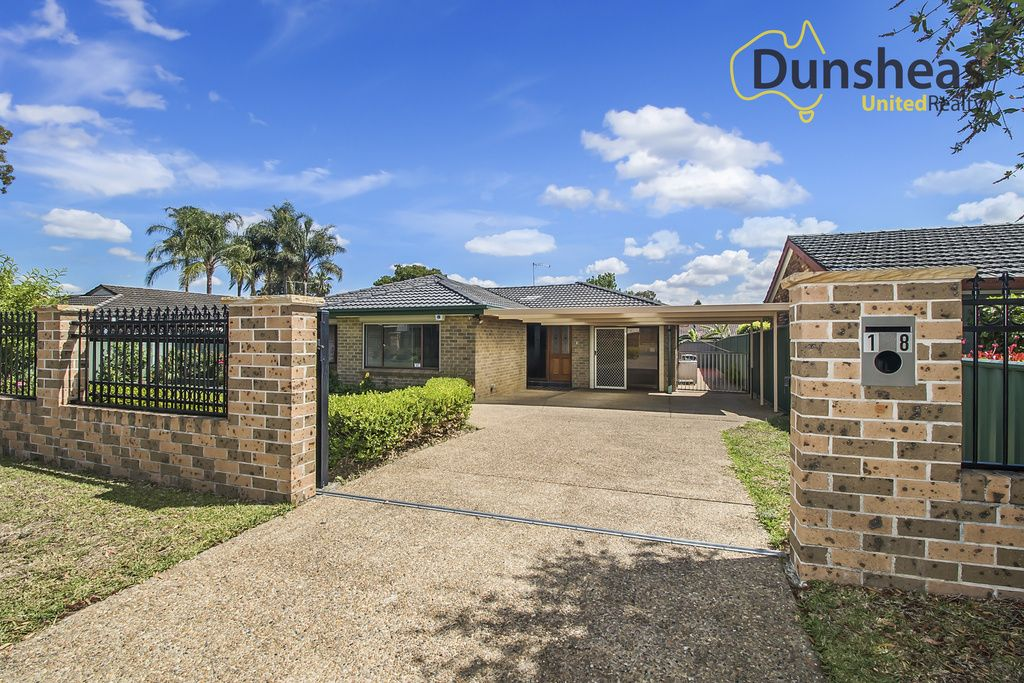 18 Victoria Road, Macquarie Fields NSW 2564, Image 0