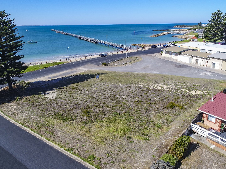 9 Beach Road, Beachport SA 5280, Image 2