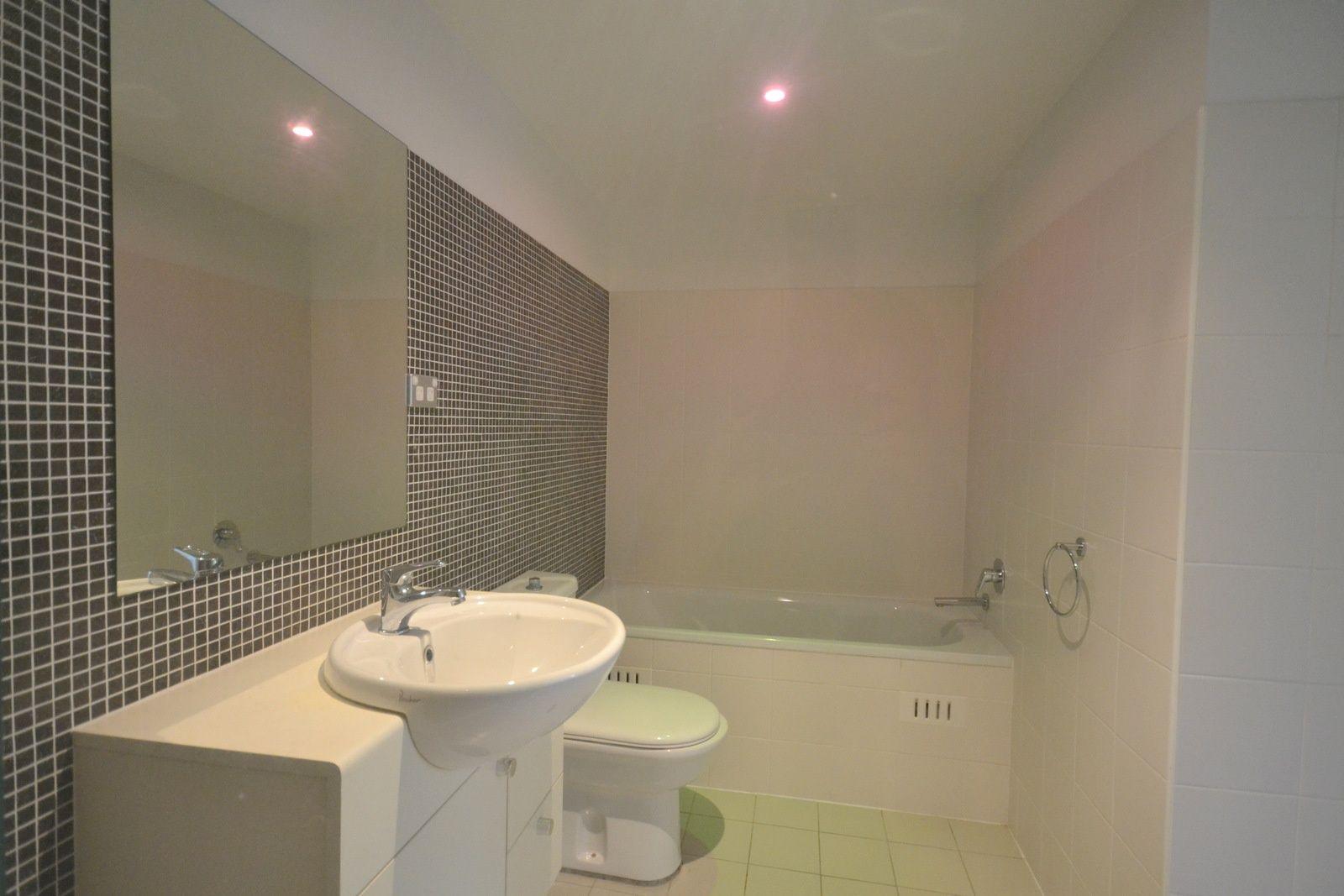 375/80 John Whiteway Drive, Gosford NSW 2250, Image 10