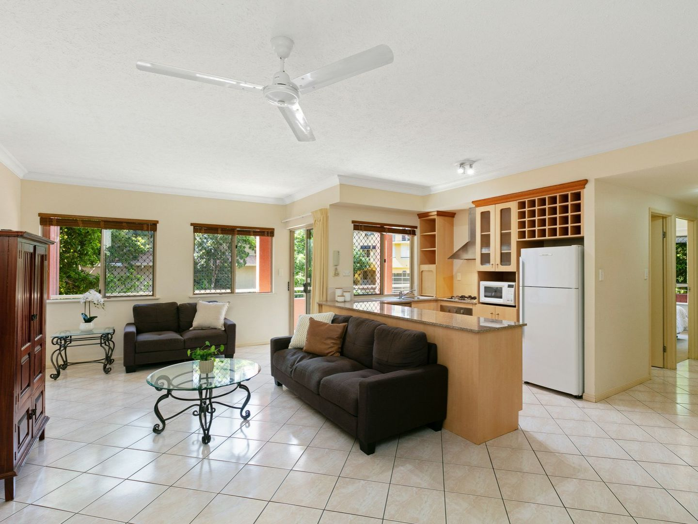 1108/2 Greenslopes Street, Cairns North QLD 4870, Image 0
