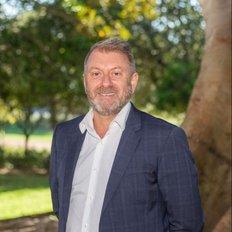 Darren Penn, Sales representative