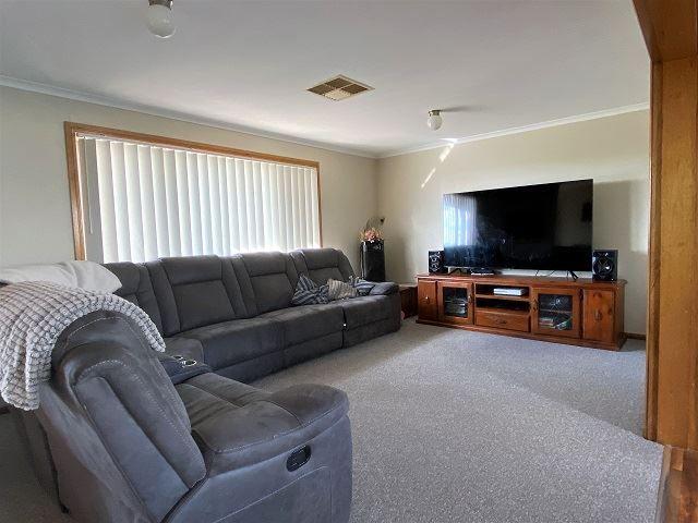 20 Duffy drive, Cobar NSW 2835, Image 1