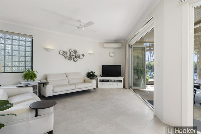 Picture of 27/100 Morala Avenue, RUNAWAY BAY QLD 4216