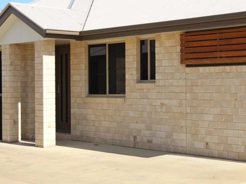 4/27 Price Street, Chinchilla QLD 4413, Image 0