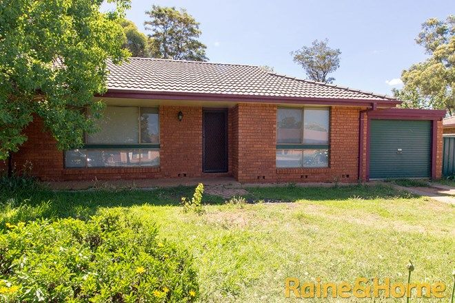 Picture of 7 Greenway Place, DUBBO NSW 2830