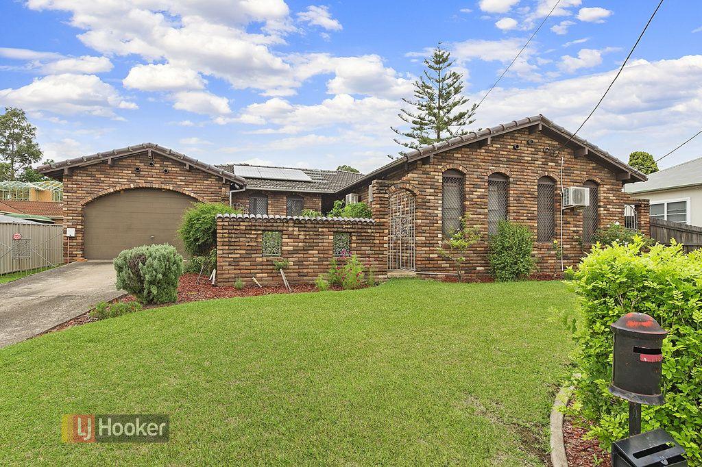 73 Oramzi Road, Girraween NSW 2145, Image 1