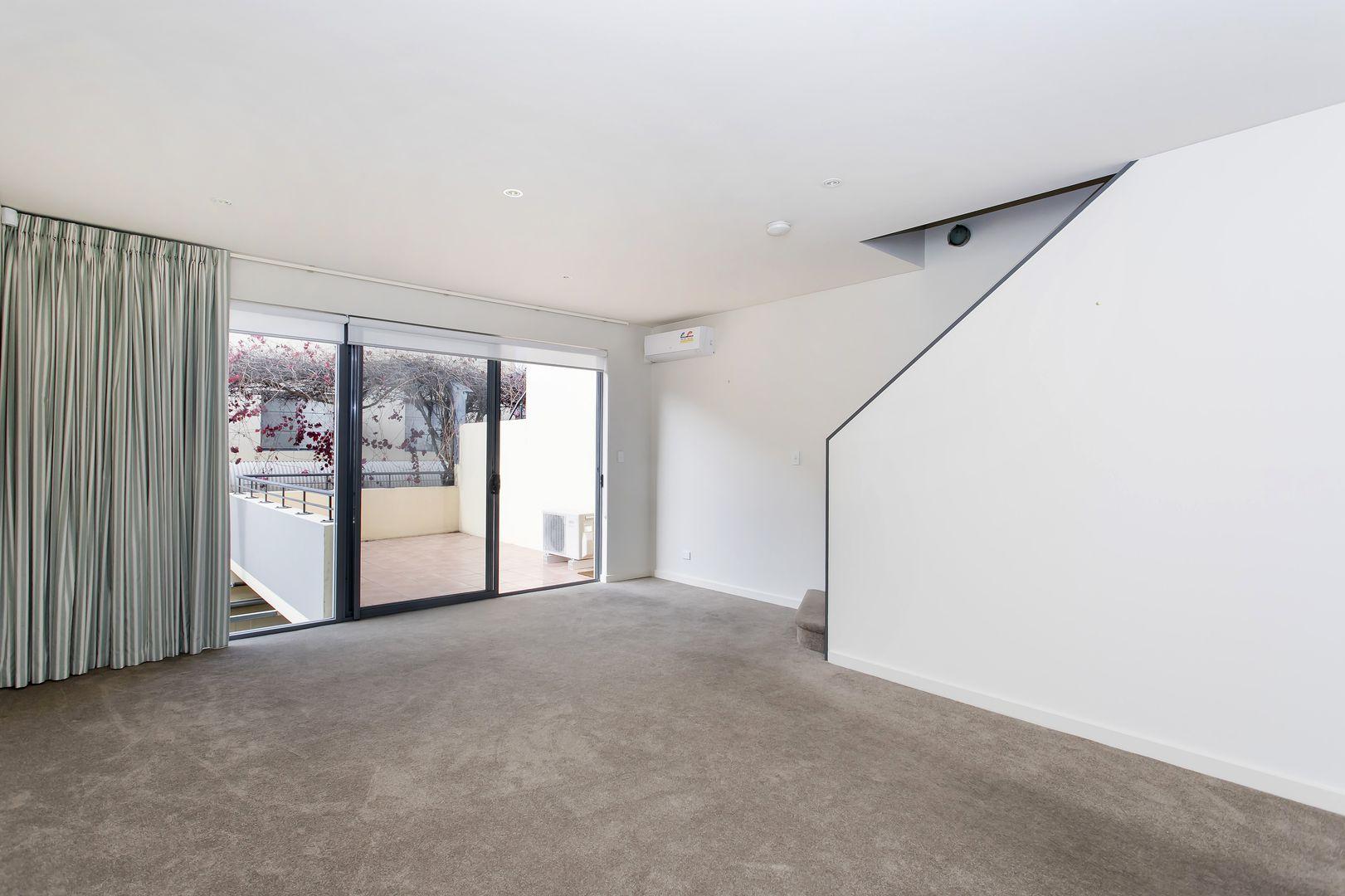 5 Chapman Court, Adelaide SA 5000, Image 2