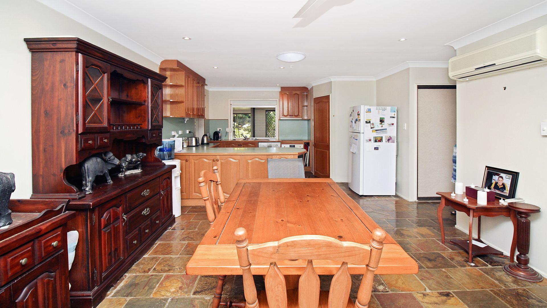20 Lotus Court, Bushland Beach QLD 4818, Image 2
