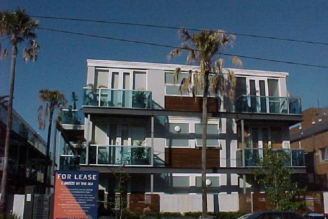 Picture of 1/105-107 Park Street, ST KILDA WEST VIC 3182