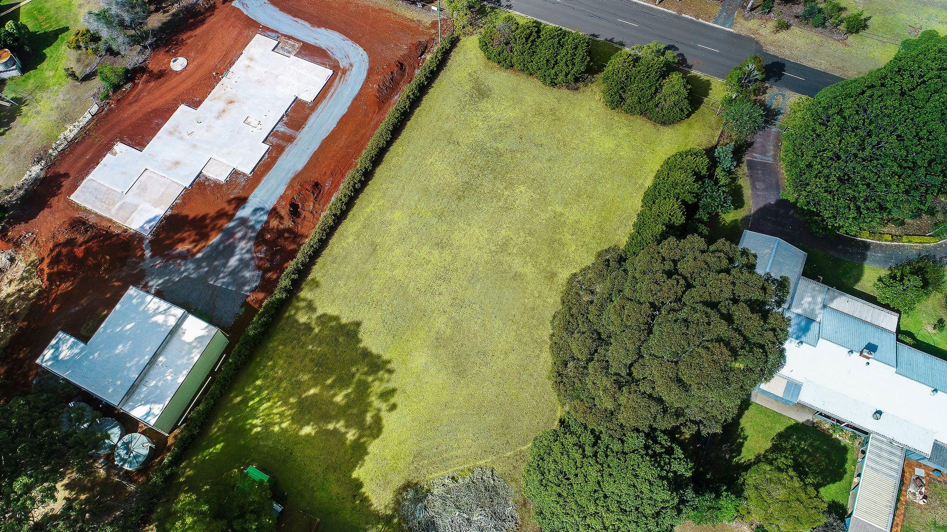 12 Sunray Drive, Highfields QLD 4352, Image 2