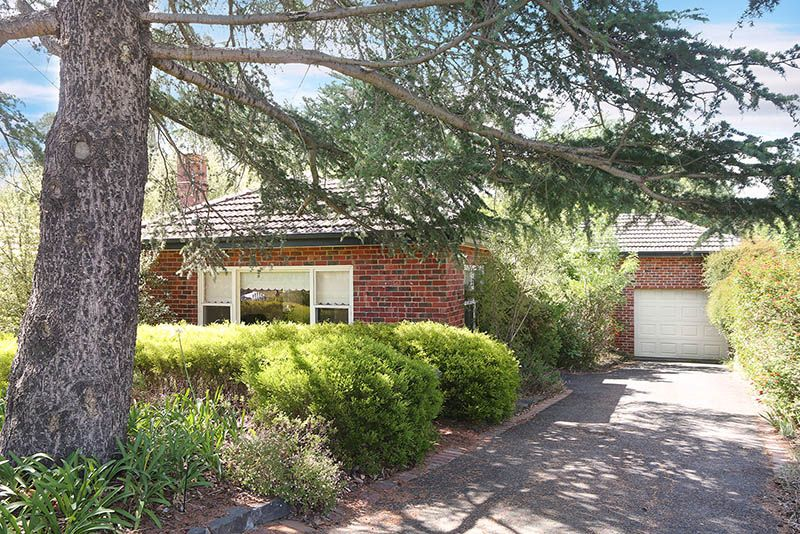 13 Wilfred Road, Ivanhoe East VIC 3079, Image 0