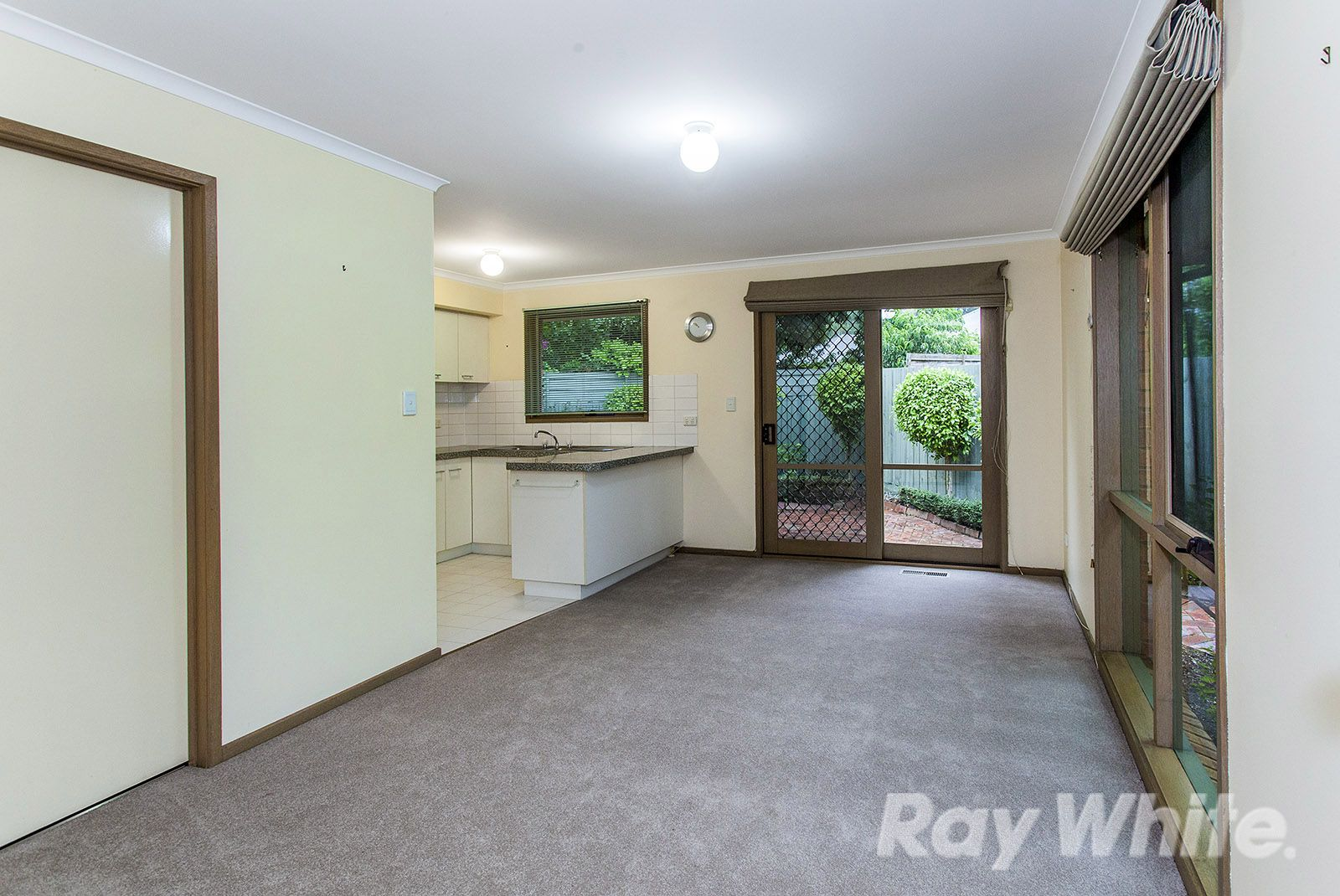 6A Lower Court, Nunawading VIC 3131, Image 2