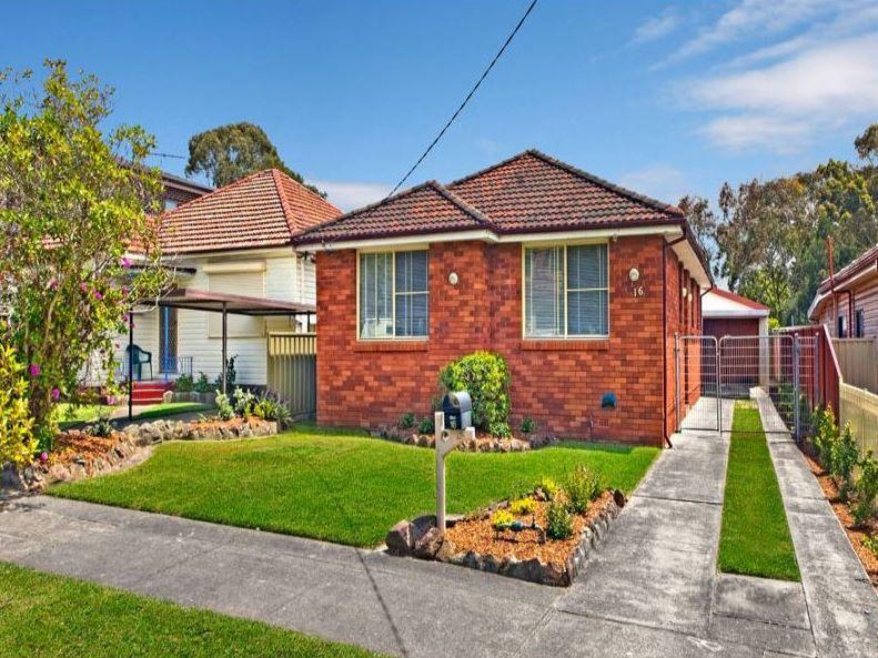 16 Avoca Avenue, Belfield NSW 2191, Image 1