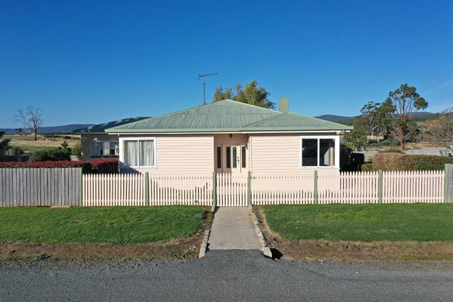 Picture of 20 Nairn Street, BUCKLAND TAS 7190