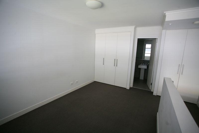 2307/8 Eve Street, Erskineville NSW 2043, Image 2