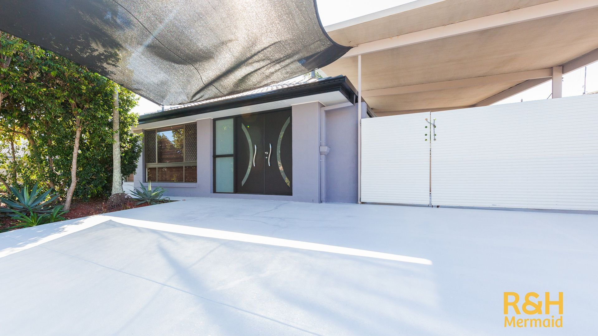 68 VOLANTE CRESCENT, Mermaid Waters QLD 4218, Image 1