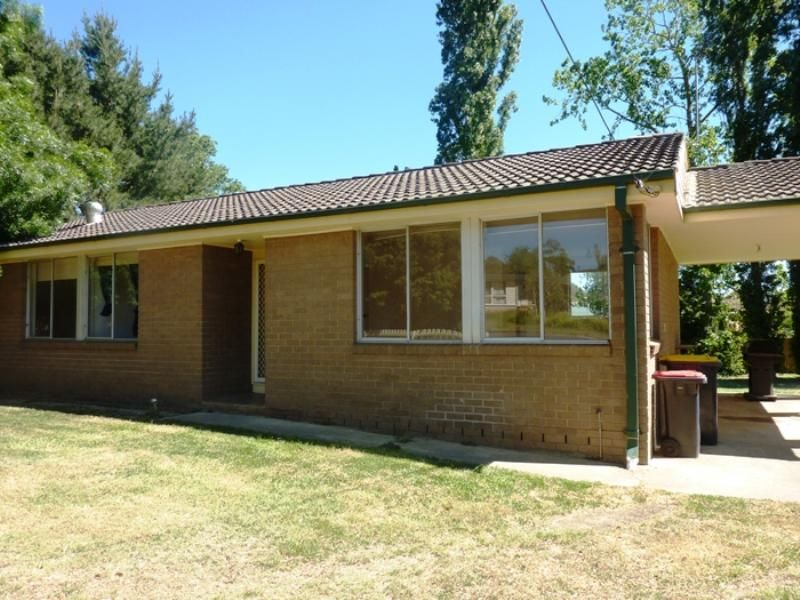 17 Ball Street, Moss Vale NSW 2577, Image 1