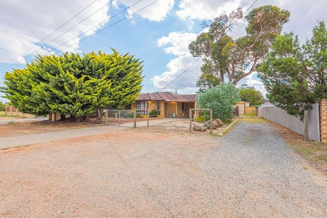 Picture of 32 Hale Road, FORRESTFIELD WA 6058