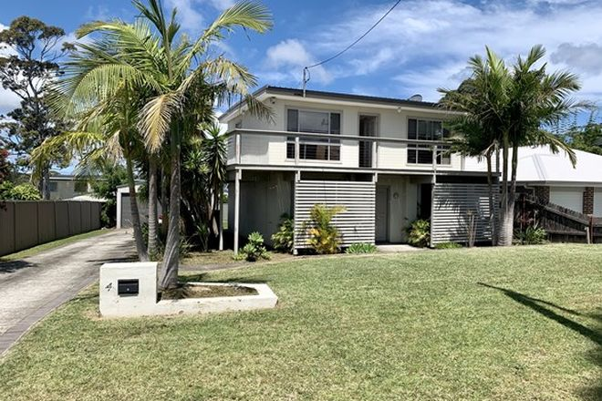 Picture of 4 Flamingo Avenue, SANCTUARY POINT NSW 2540