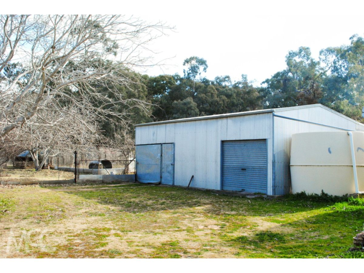 496 Mookerawa Road, Stuart Town NSW 2820, Image 2