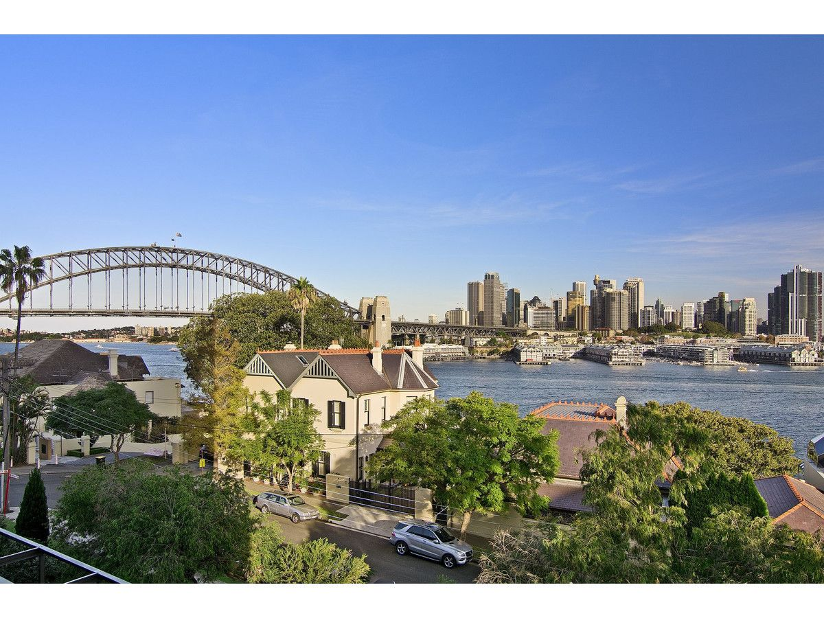 L2/2-4 East Crescent Street, Mcmahons Point NSW 2060, Image 0