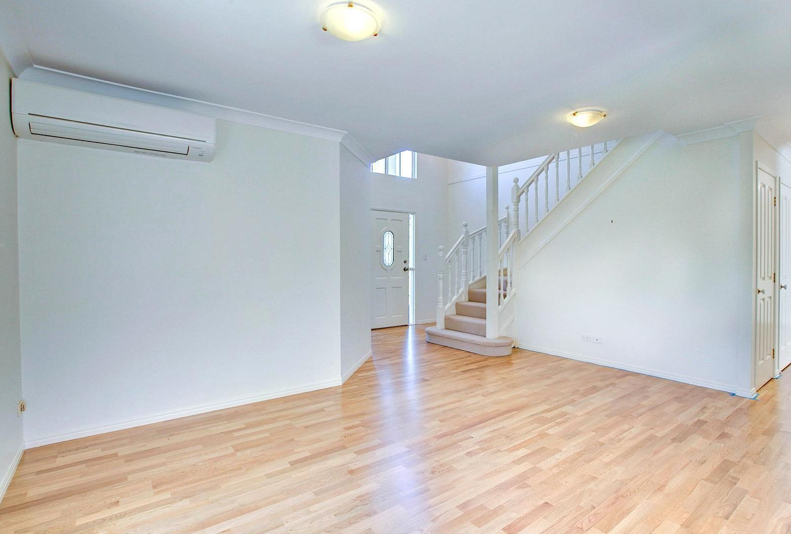 73 Robtrish Street, Manly West QLD 4179, Image 2