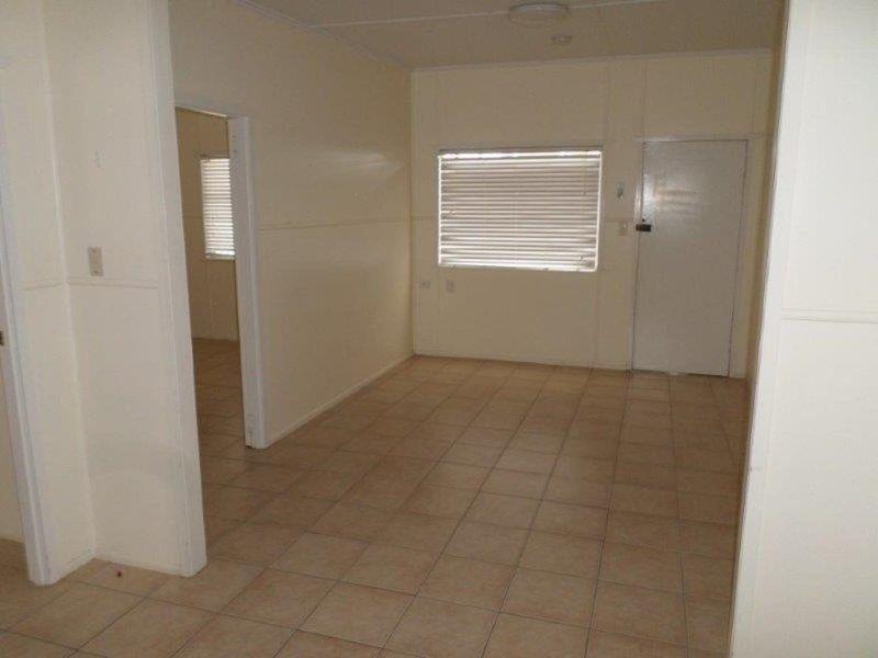 2/59 Edith Street, Miles QLD 4415, Image 1
