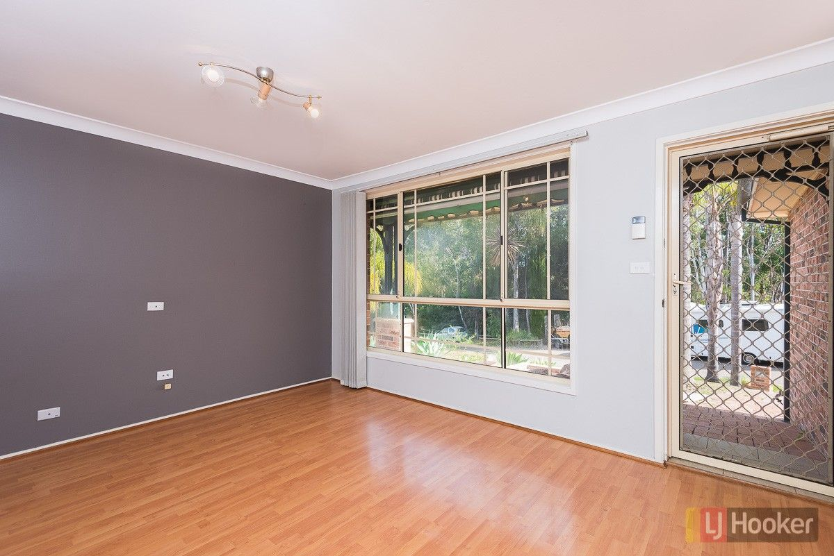 2/5 Nevil Way, Casula NSW 2170, Image 1