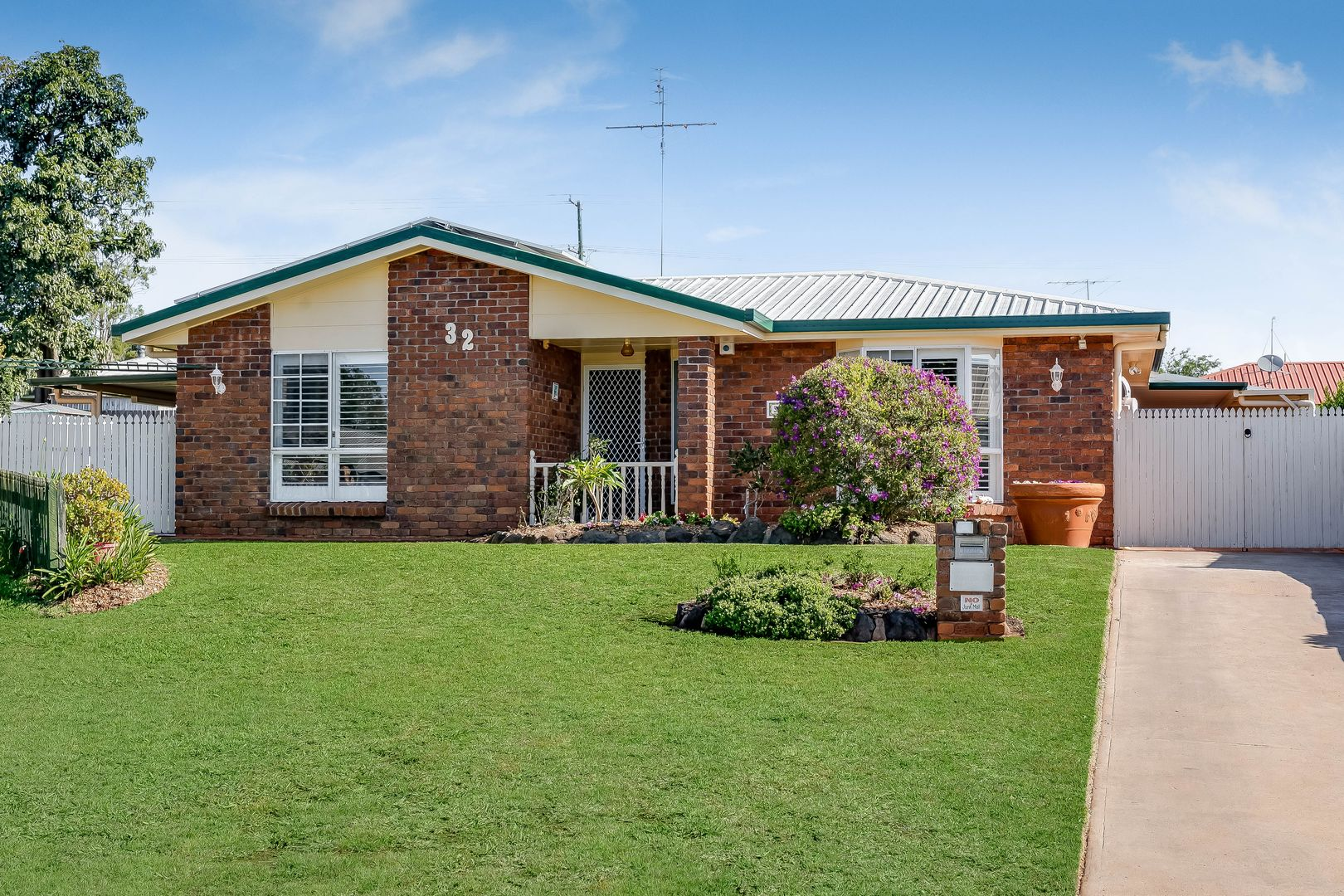 32 Lorraine Crescent, Centenary Heights QLD 4350, Image 0