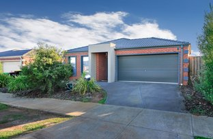 16 Stockwell Street, Melton South VIC 3338