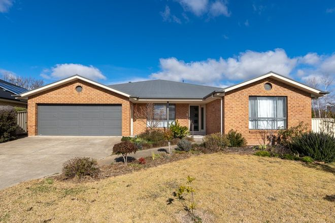 Picture of 7 Hunt Place, BLAYNEY NSW 2799