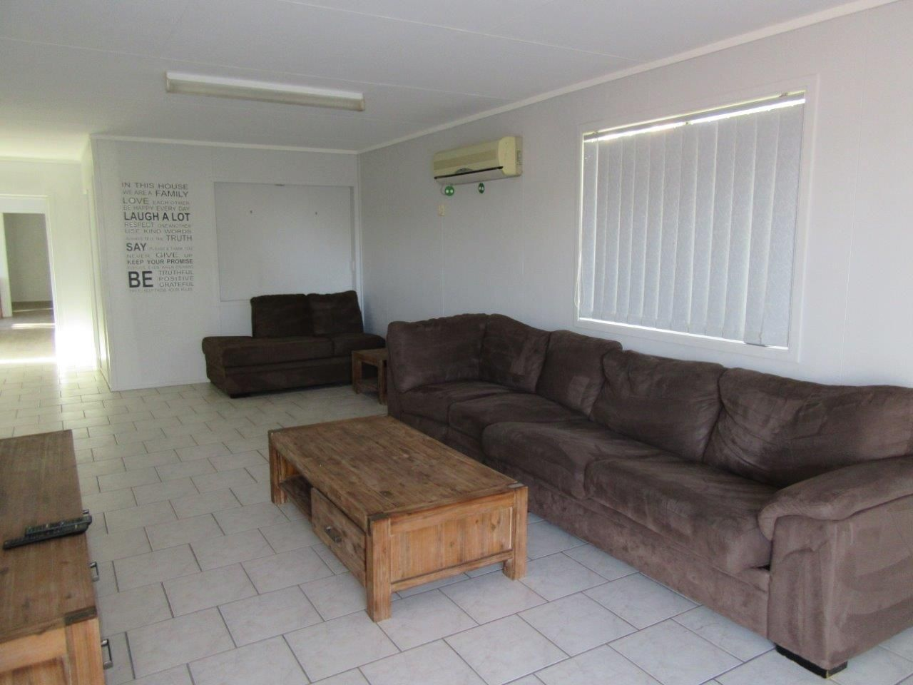 29 Bostock Street, Winton QLD 4735, Image 2