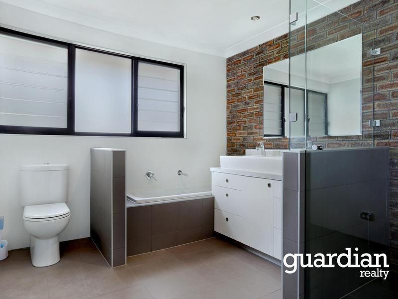 15 Patterson Avenue, Kellyville NSW 2155, Image 2