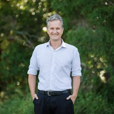 Damien Blake, Sales Agent