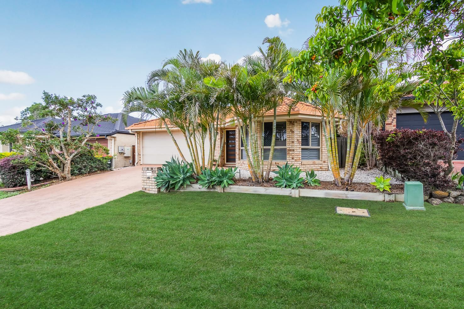 19 Dulwich Place, Forest Lake QLD 4078, Image 0