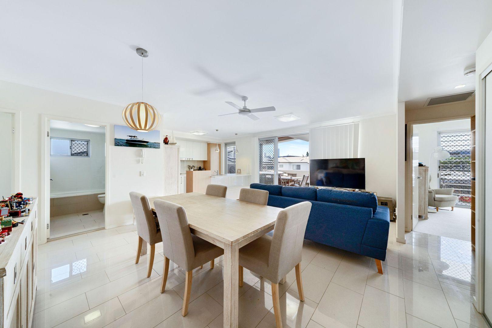 30/16 Corio Street, Bulimba QLD 4171, Image 2