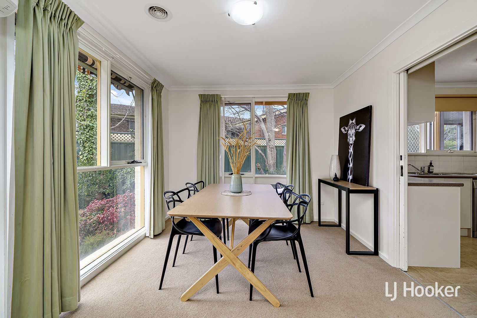 12 Cantor Crescent, Higgins ACT 2615, Image 2