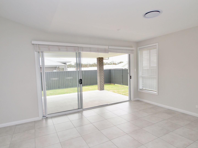 47 Seagrass Avenue, Vincentia NSW 2540, Image 1