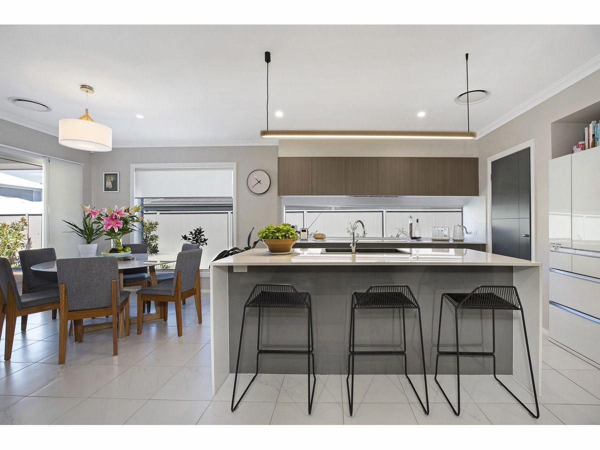 14 Owens Street, Spring Farm NSW 2570, Image 2