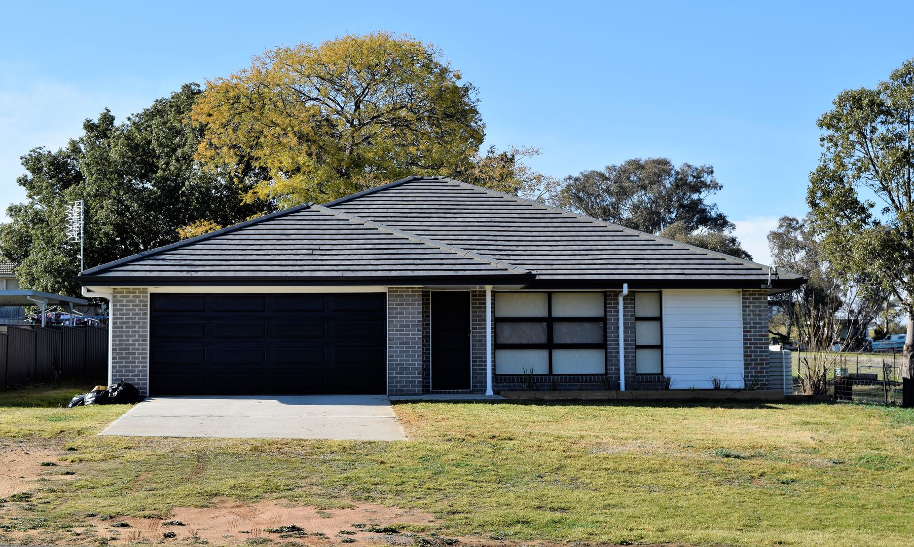 60 West Street, Grenfell NSW 2810, Image 0