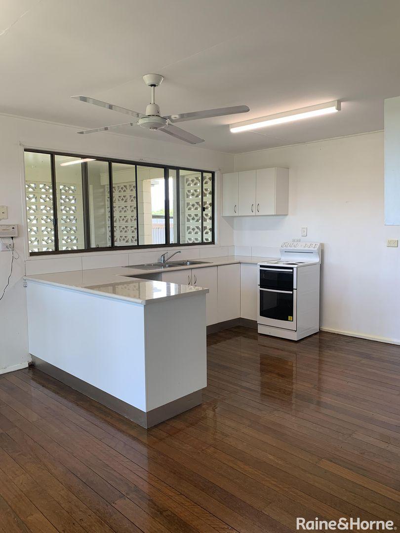 2/579 Mossman-Daintree Road, Miallo QLD 4873, Image 0
