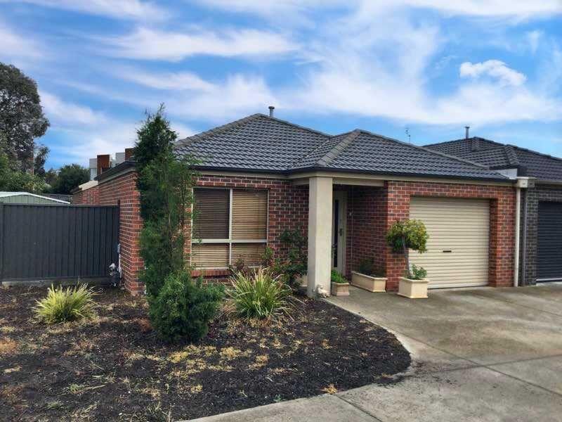 1 Pebble Close, Ballarat Central VIC 3350, Image 0