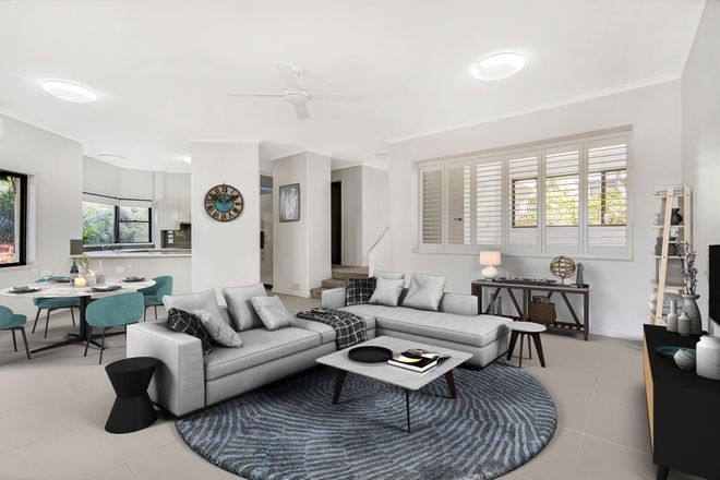 Picture of 1/74 Wardoo Street, ASHMORE QLD 4214