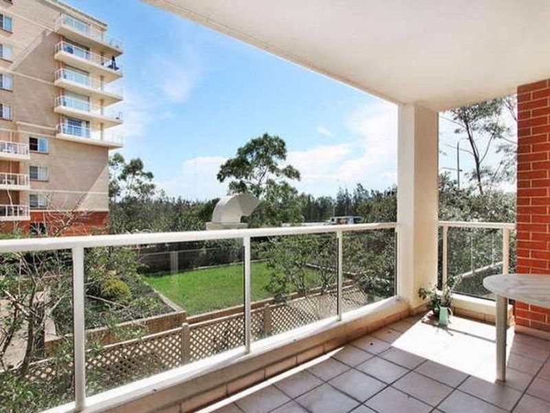104/10 Wentworth Drive, Liberty Grove NSW 2138, Image 2