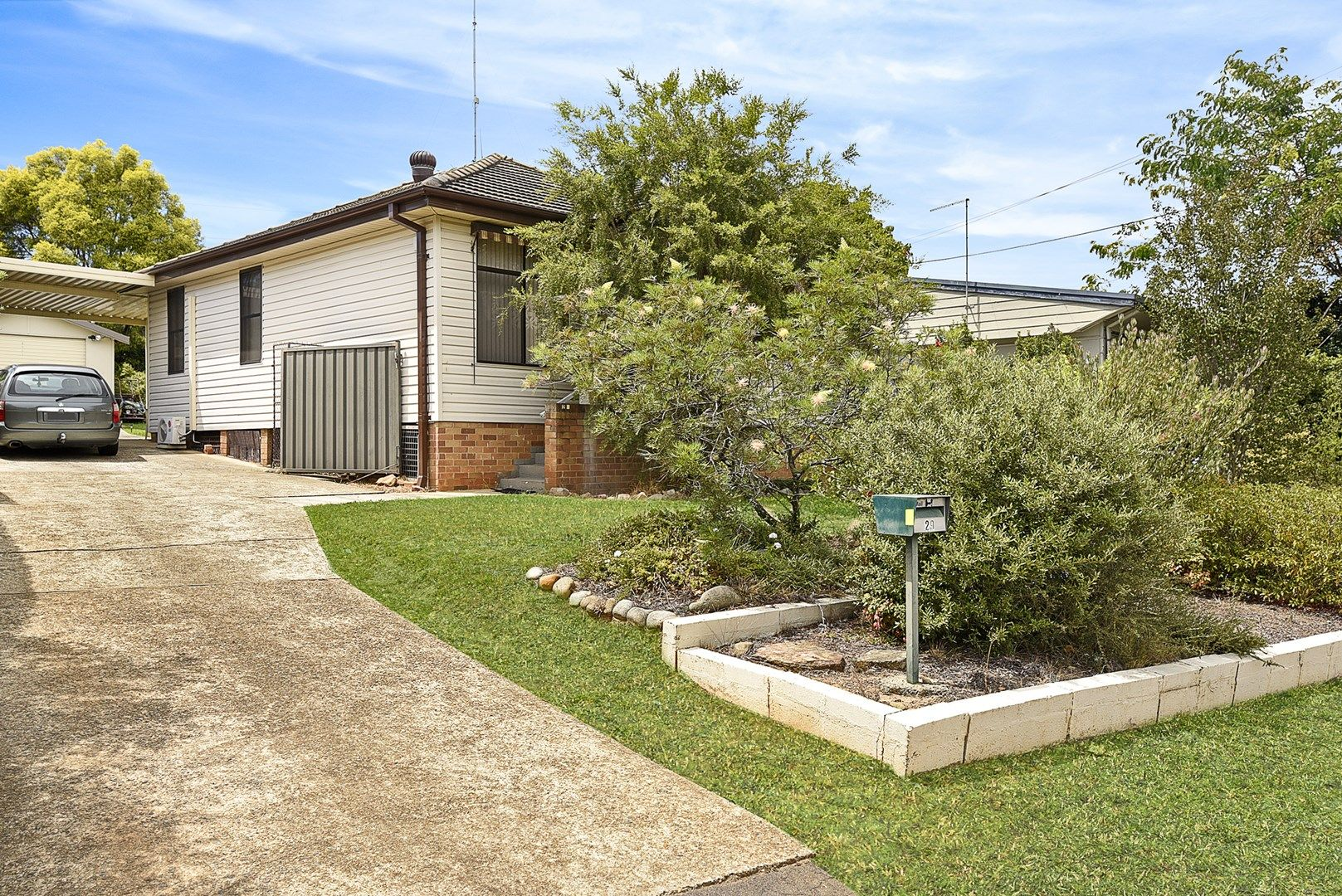29 Pineleigh Road, Lalor Park NSW 2147, Image 0